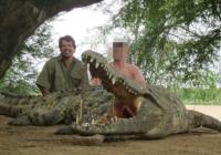 crocodile-hunting-01