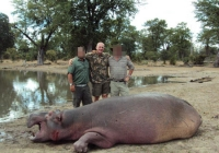 hippo-hunting-02
