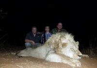 lion-hunting-09