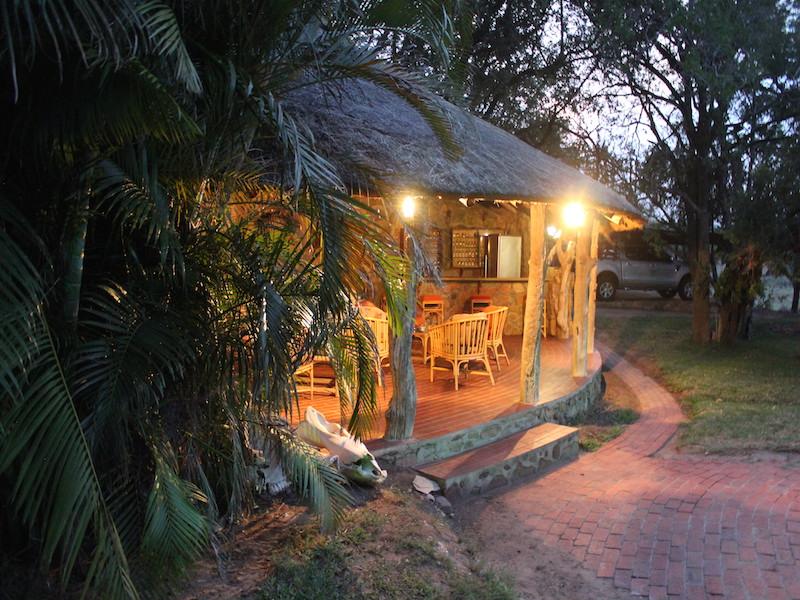 Bushbuck camp bar