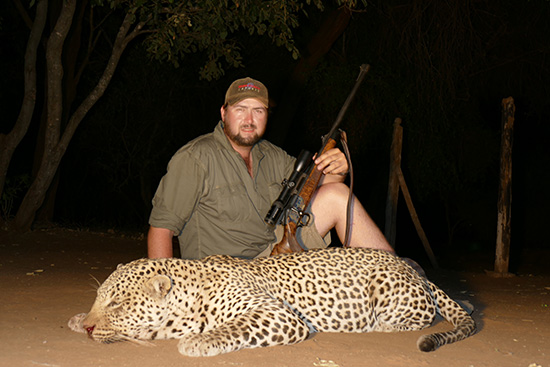 Leopard Hunting Gallery
